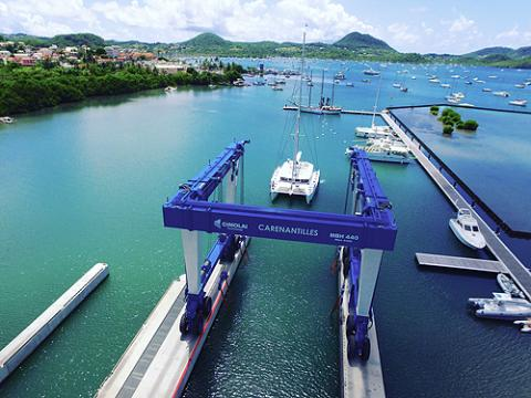 arenantilles Shipyard, equipped with brand new 440-Ton & 80-Ton Travelifts